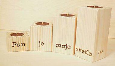 Svietidlá a sviečky - drevený svietnik - advent - 7411186_