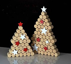 Dekorácie - Vianočný stromček z korku - malý - 7412408_