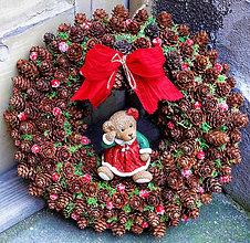 Dekorácie - Vianočný veniec - 7415205_