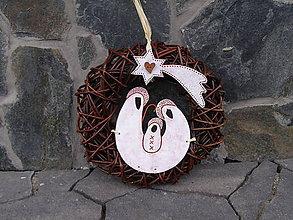 Dekorácie - Vianočný veniec - 7414464_