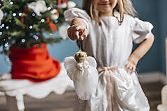 Dekorácie - Anjelik na vianočný stromček - 7413653_