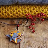 Odznaky/Brošne - Trojuholníková geometrická brošňa, horčicovo žltá a sivá - 7419061_