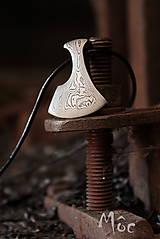 Náhrdelníky - steampunk prívesok - damašková sekerka - 7419905_