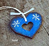 Dekorácie - Vianočná ozdoba SRDIEČKO modré, vločky - 7423448_