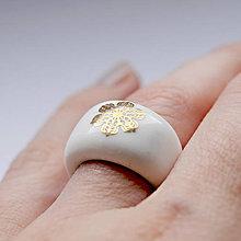 Prstene - Prsteň zlatý kvet / RING RING - gold - 7428360_