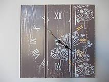 Hodiny - Nástenné hodiny - kvetinky brown - 7430035_