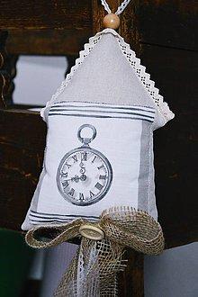 Dekorácie - Prírodný domček so stuhou hodiny - 7430144_