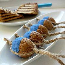 Dekorácie - Oriešky prírodno-modré... - 7431403_