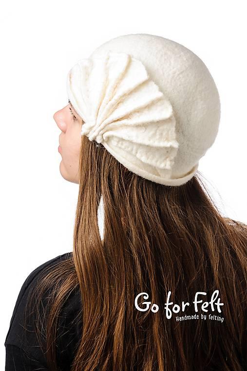 Biely vlnený klobúk, ručne plstený z merino vlny, Vintage dámsky klobúk