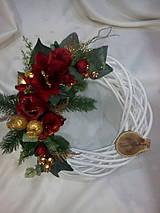 Dekorácie - Vianočný veniec - 7433593_
