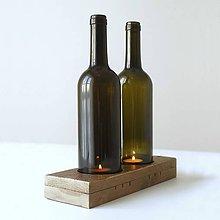 Svietidlá a sviečky - Drevený svietnik so skleneným tienidlom - 7431844_