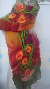 Šály - Plstenie,  šálik jesenné rúže v ornamente - 7429863_