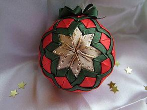 Dekorácie - Vianočná guľa - červenozelená - 7434506_