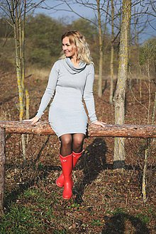 Šaty - Rolákové midi šaty - 7430813_