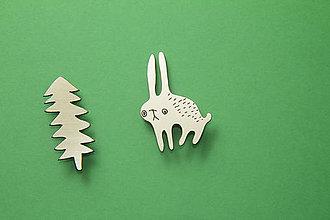 Odznaky/Brošne - zlatý zajac v lese - dvoj brošňa - 7442194_