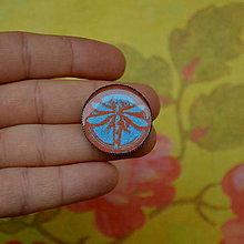 Odznaky/Brošne - Libellule Bleu - brož průměr 25 mm - 7445221_
