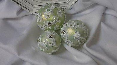 Dekorácie - Vianočné gule - zlatozelené 2 - 7444460_