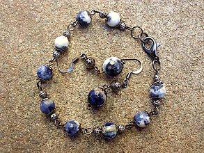 Sady šperkov - sada - náušnice + náramok zo Sodalitu - 7441660_