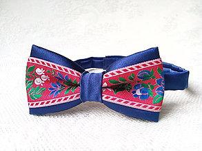 Detské doplnky - Folklórny detský motýlik (kráľovsky modrý/červený) - 7452269_