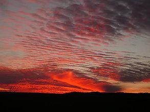 Fotografie - Hra večernej oblohy - 7446858_