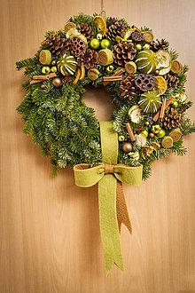 Dekorácie - Vianočný veniec - 7451287_