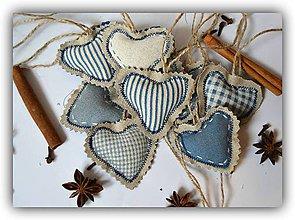 Dekorácie - Modré srdiečka na stromček - 7458310_