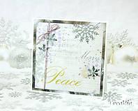 Vianočná pohľadnica Peace - strieborno-biela s fialovou