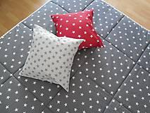 Úžitkový textil - prehoz na posteľ  šedo  - biela  hviezdička - 7464295_