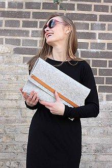 Kabelky - plstená kabelka ze 100% vlněné plsti s koženým páskem - 7467609_