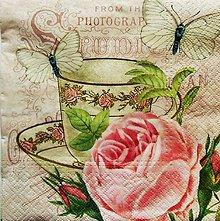 Papier - S889 - Servítky - šálka, ruža, motýľ, vintage - 7472485_