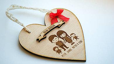 Dekorácie - Drevená vianočná ozdoba rodinka - 7471032_