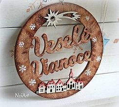 Dekorácie - Vianočný veniec domčeky - 7478349_