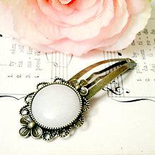 Ozdoby do vlasov - Vintage Flower White Jade Hair Clip / Veľká vintage sponka s bielym jadeitom - 7480814_