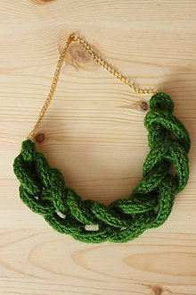 Náhrdelníky - Zelený pletenec - 7484314_