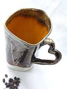 Nádoby - veľká šálka kovová so srdcom - 7482440_