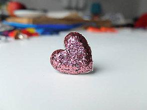 Prstene - Živicový prsteň srdce ružové - 7486157_