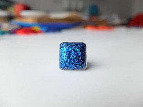Prstene - Živicový prsteň štvorec modrý - 7486174_
