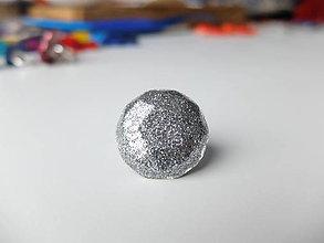 Prstene - Živicový prsteň 10uholník strieborný - 7486185_