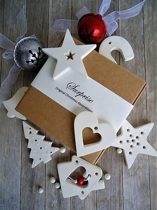 Ozdoby vianočné biele mix - sada Surprise? Surprise!