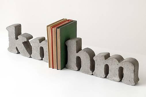 """Držiak kníh z betónu """"h"""""""