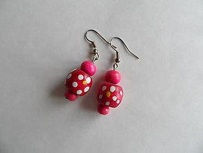 Náušnice - drevené ružové náušnice - 7494117_