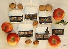 - Vianočné ozdoby - 6 rozsvietených maľovaných domčekov - 7492286_