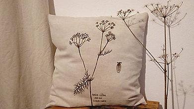Úžitkový textil - Prírodný vankúš rasca lúčna - ručná kresba - 7494302_