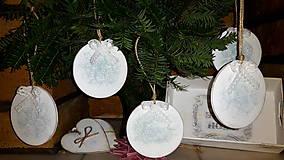 Dekorácie - Nežné vianočné vintage gule - 7499784_
