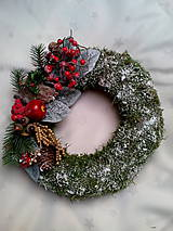 Dekorácie - Vianočný machový veniec - 7501522_