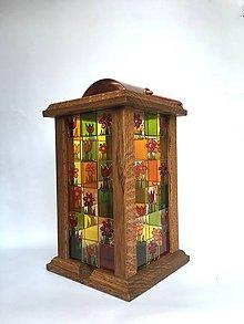 Svietidlá a sviečky - Drevený lampáš, maľované na skle -  - 7504137_