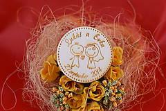 Darčeky pre svadobčanov - Drevená svadobná magnetka ako darček pre hosti 60 - 7502508_