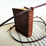 Náhrdelníky - Knihový náhrdelník / veľký / hnedý - 7505401_
