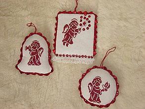 Iné doplnky - Ručne vyšívané vianočné ozdoby - 7510155_