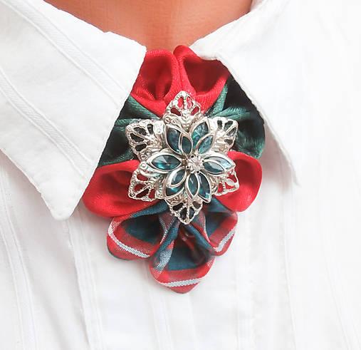 16003186e15d Elegancia a la Chanel - Červené Vianoce   Safron - SAShE.sk ...